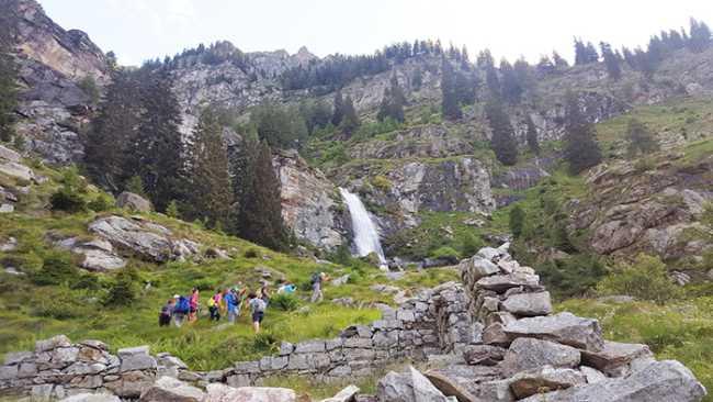 fabbri coronette scursione montagna cascata trekking