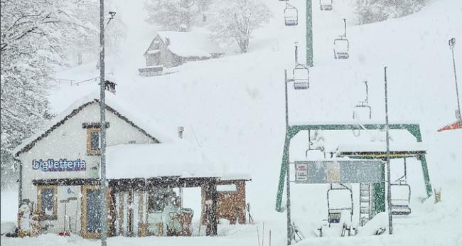partenza seggiovia lusentino domobianca neve