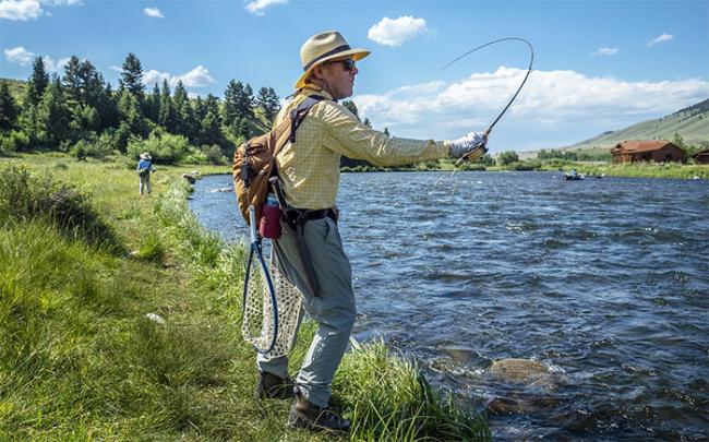 pescatore fiume canna lancio 19